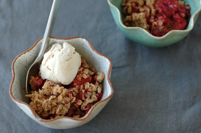 Gingered Rhubarb & Berry Crumble // Delightful Crumb