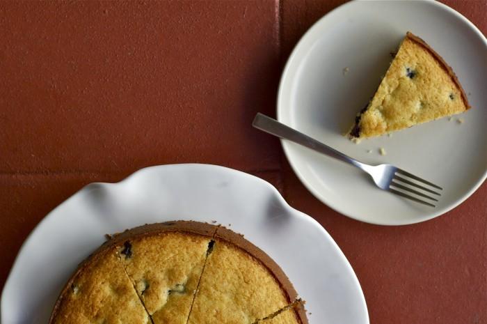 Crème Fraîche & Blueberry Cake | Delightful Crumb