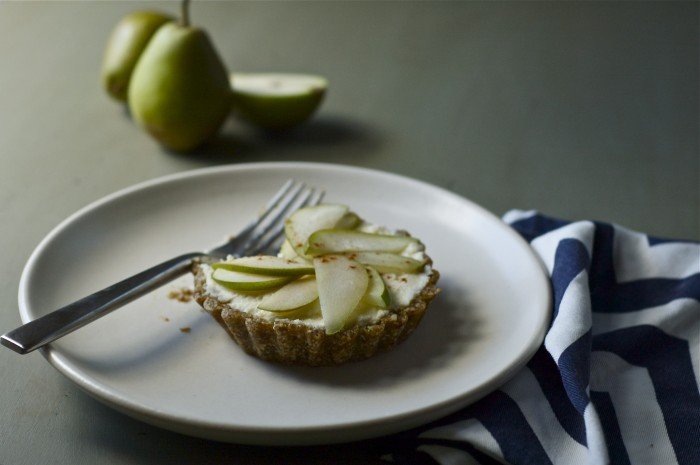 Raw Pear & Mascarpone Tarts | Delightful Crumb