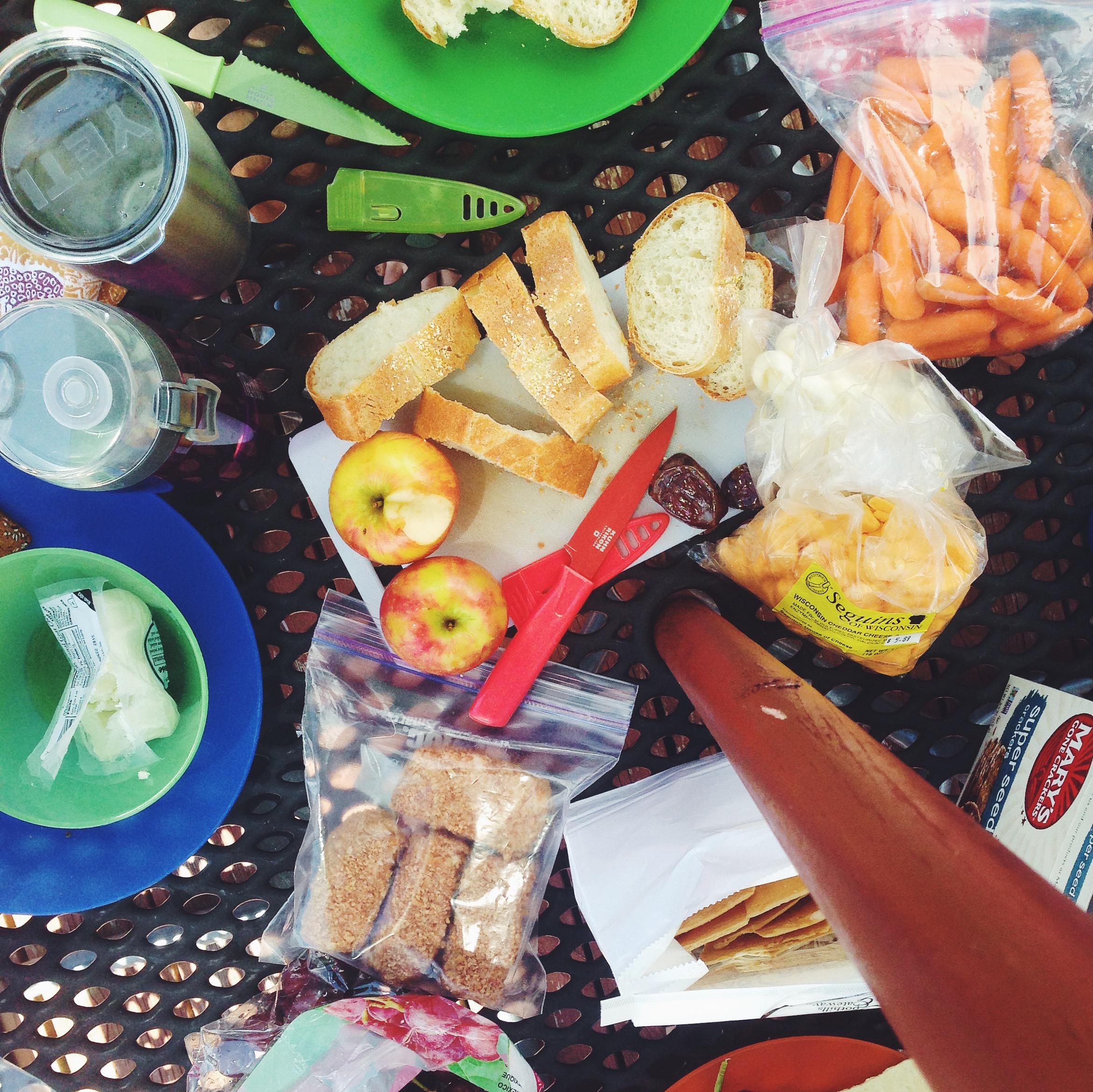 Lake picnic | Delightful Crumb