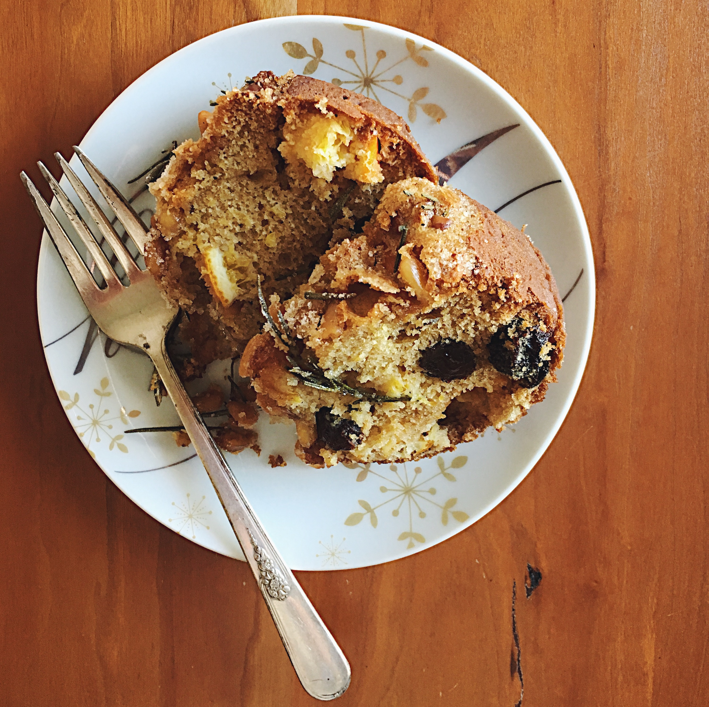 Tuscan Olive Oil Cake | Delightful Crumb